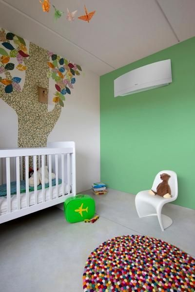 Klimatyzator Daikin Emura w dziecięcym pokoju