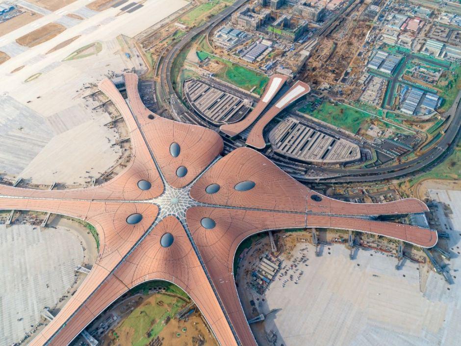 Lotnisko Daxing w Pekinie - największy na świecie port lotniczy wyposażony w nagrzewnice  i kurtyny powietrzne firmy VTS