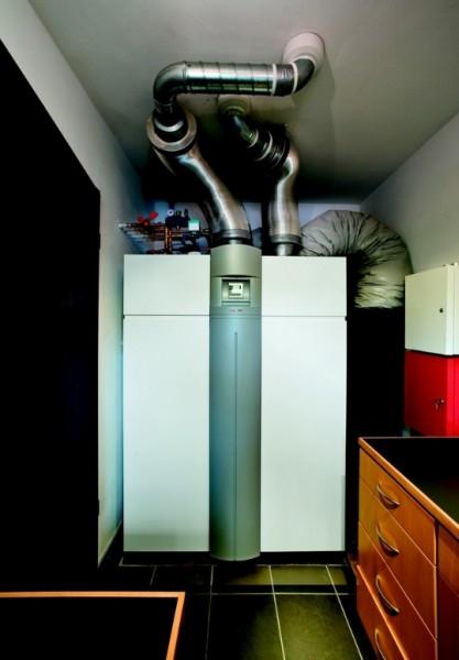 Stiebel Eltron - Kompaktowa centrala grzewczo- wentylacyjna LWZ