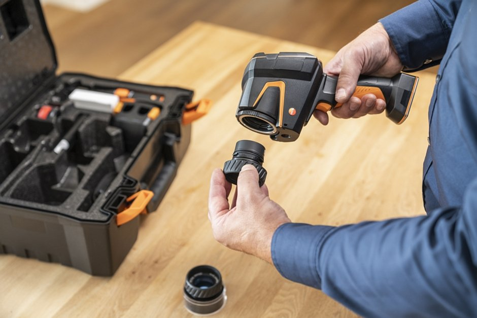 Kamera termowizyjna testo 883 dla audytorów energetycznych